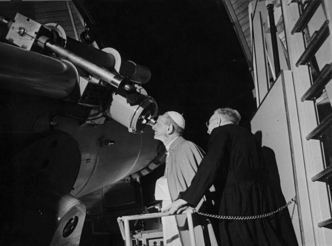 Laurent Grasso, Specola Vaticana, John G. Hagen, S. J. at the telescope, Specola Vaticana, after 1910, Silver print on Baryté paper mounted on aluminium, framed in walnut wood, 81,3 x 63,1cm. Courtesy of the artist.